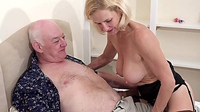 Older man with a stiff dick fucks his horny blonde wife Molly Macaras