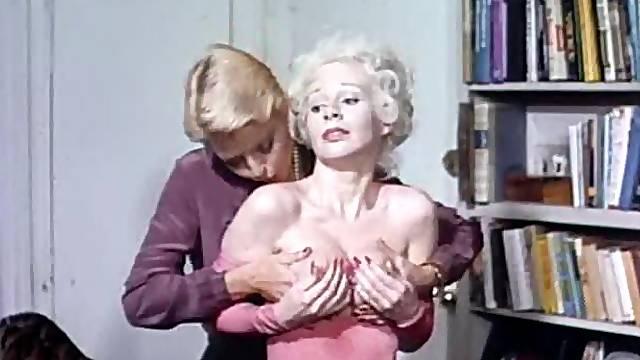 Classic porn scene with four horny folks
