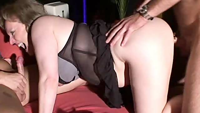 Naughty amateur Milf threesome with cum in mouth