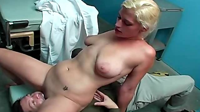 Facesitting and a cumshot in her armpit