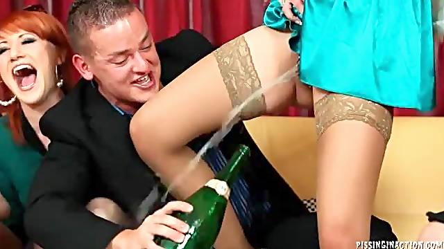 Spin the bottle game with hot pissing