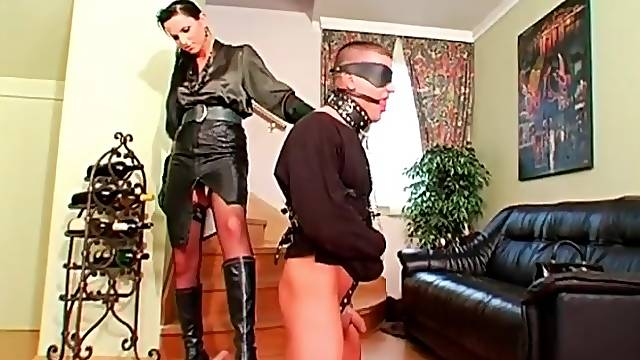 Girl brings out her man on a leash for domination