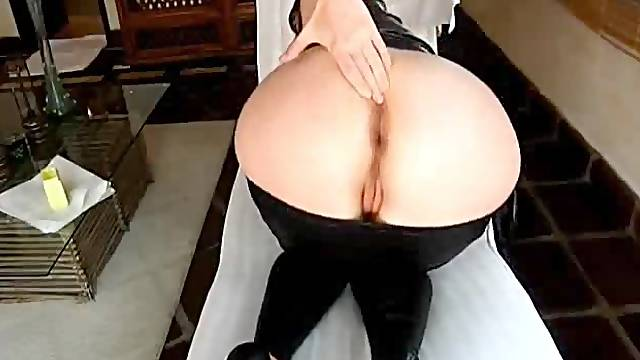 Finger licking good anal fisting orgasms