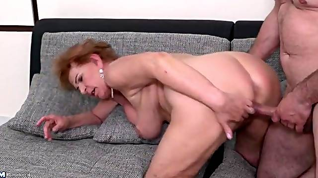 Granny with big natural tits pounded from behind