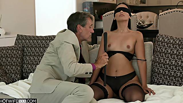Young petite Andreina Deluxe deeply fucked by Steve Holmes