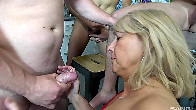 Granny tries gangbang with several younger stallions