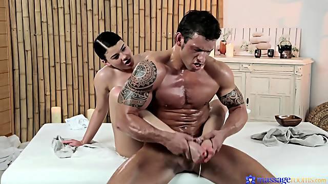 Muscled stud screws gorgeous masseuse Lucy Li very hard