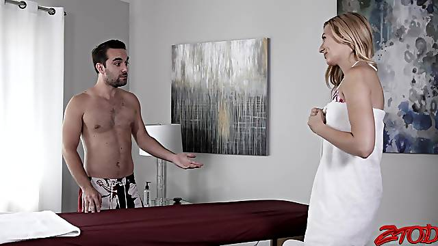 Sensual massage leads to passionate sex with cute Alexa Grace