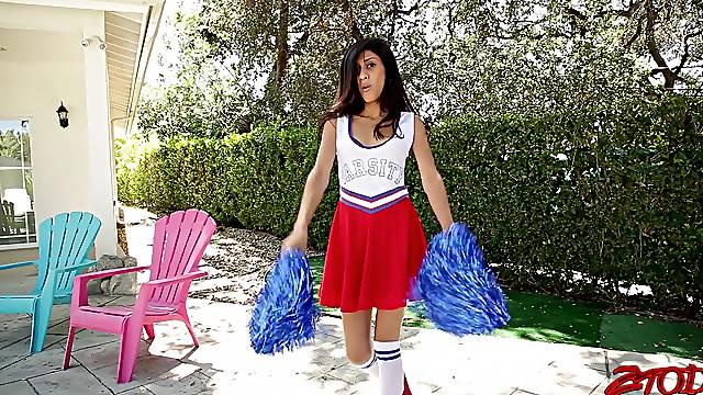 Skinny cheerleader Angel Del Rey moans while getting fucked hard