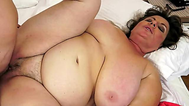 Fat granny Goca moans loudly while getting her meaty pussy pounded