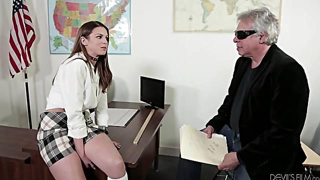 Hot sex after class with a smoking hot teen