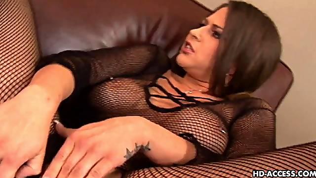 Brunette Rachel refined missionary in ffm porn shoot