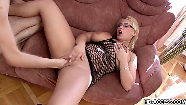 Blonde in glasses enduring with deep pussy fisting