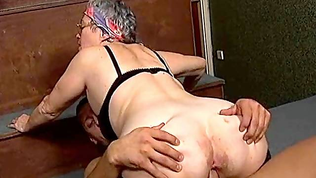 Rose the nice ass granny cock riding hardcore superbly