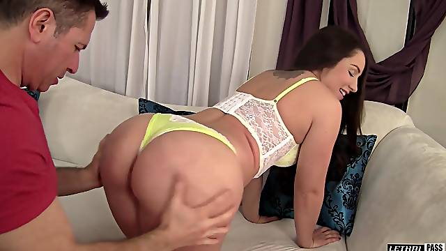Lola Foxx cannot wait to be fucked by a skillful lover