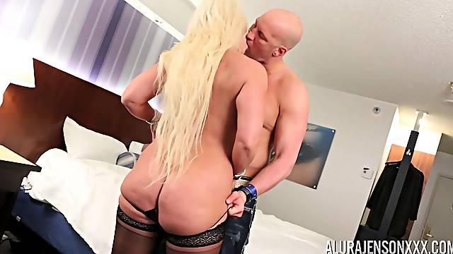 Buxom blonde milf Alura Jenson having her pussy ravaged good