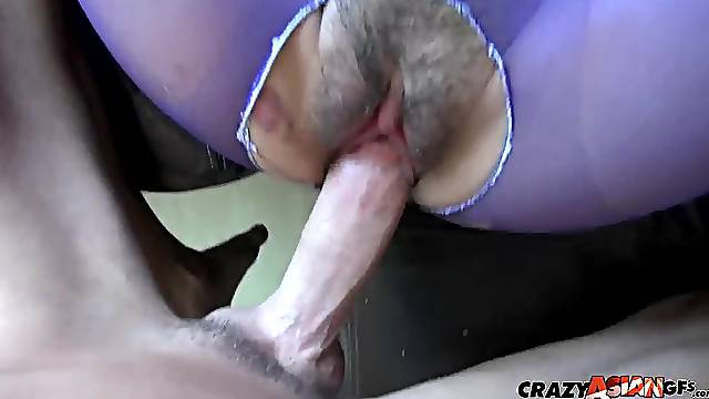 MILF babe Kelly Kitty gets pussy fucked hardcore in pantyhose