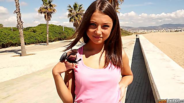 Petite Foxy Di picked up on the beach and seduced into fucking