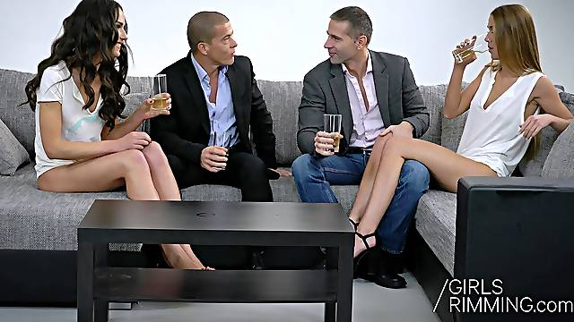 Hot foursome rimming with blonde and brunette beauties