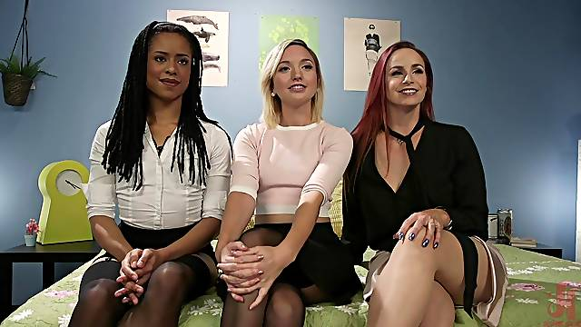 Lesbian hardcore threesome with toys in Kira Noir's hands