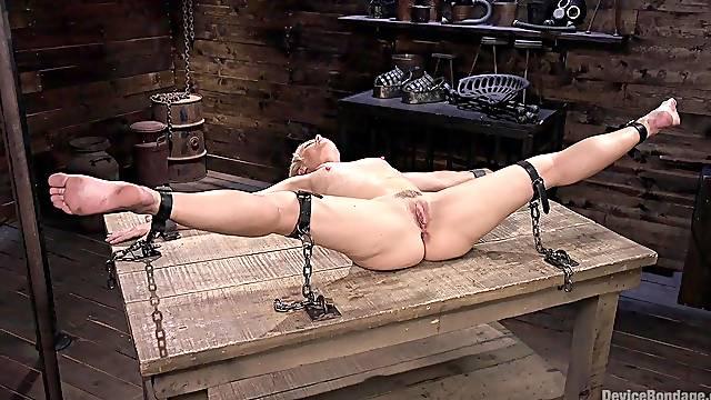 Helena Locke spreads her legs for a friend's hard pecker on the table