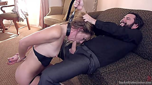 Mona Wales gives the best blowjob on the floor while she is tied