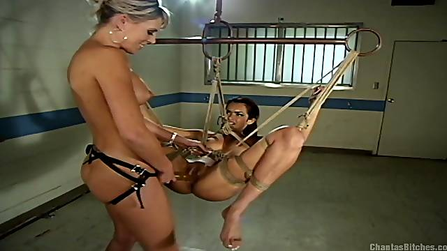Bondage experience and role play are priceless for lesbian Daisy Marie