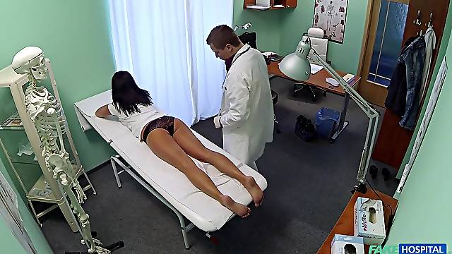 Amateur girl strips for her exam but her new doctor gets turned on