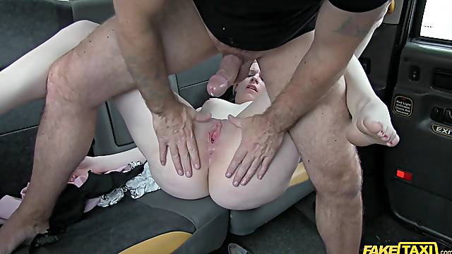Oops, i don't have any money to pay you. Paige Wilson fucked for a fare
