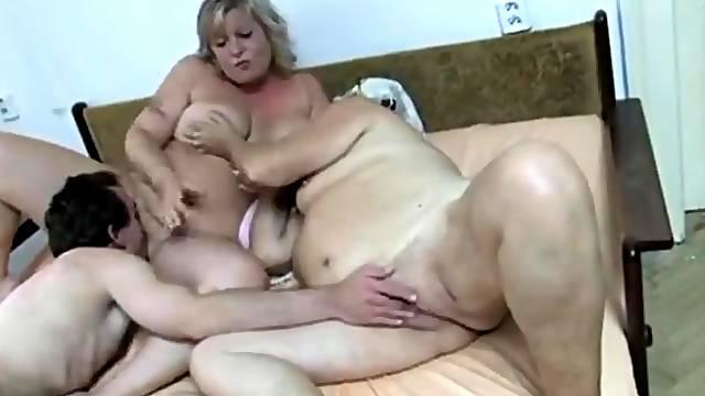 BBW Swedish grannies threesome