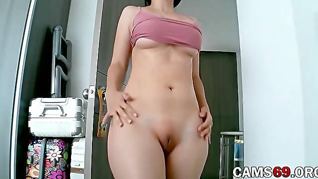 Big Tits Latina Mom Hourglass Shaped Body on Webcam