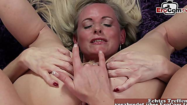 German mature mom try anal lesbian dildo show
