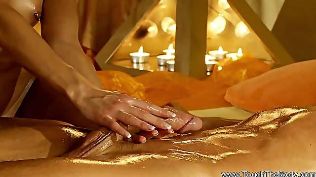 Turkish Extoic Handjob With Oil Massage Makes Them Enjoy