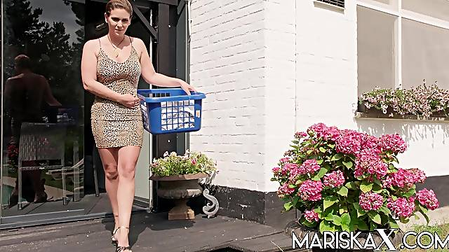 French MILF Sandy Lou ass fucked outdoors
