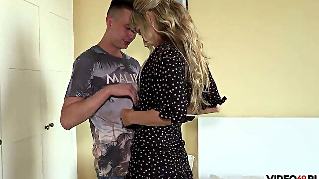 Blonde mom seduced her stepson's friend