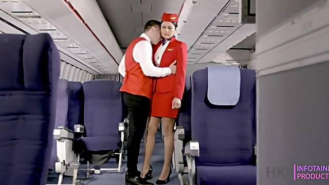 Pilot Qatar Airways fucked stewardess