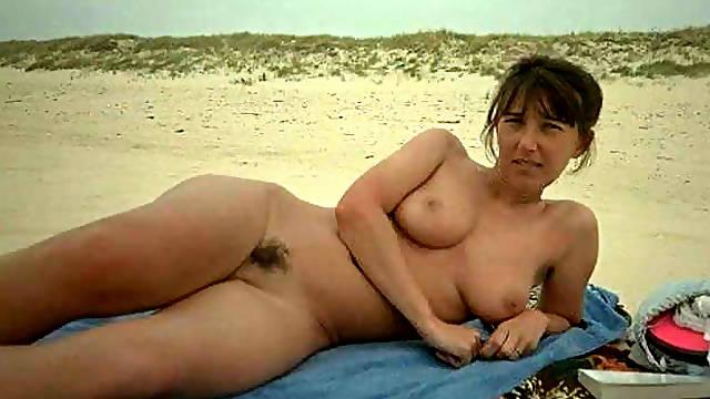 French girl nude beach