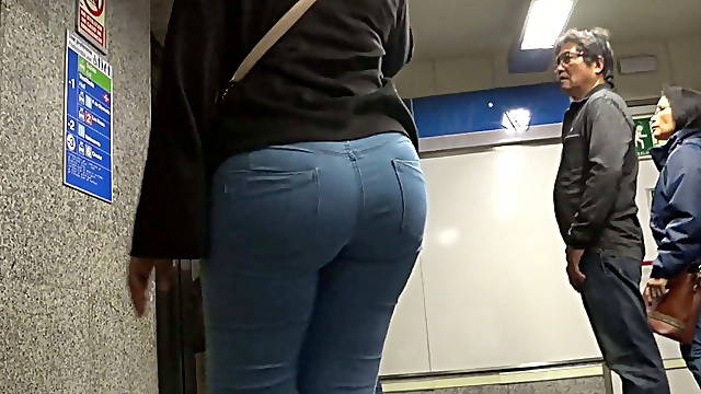 Big ass in blue jeans