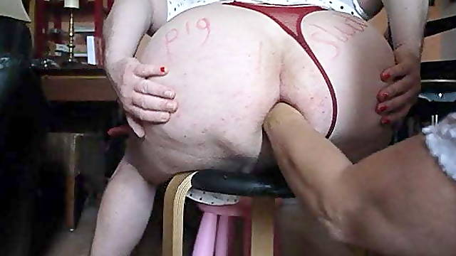 Fisting cunt for huge ass