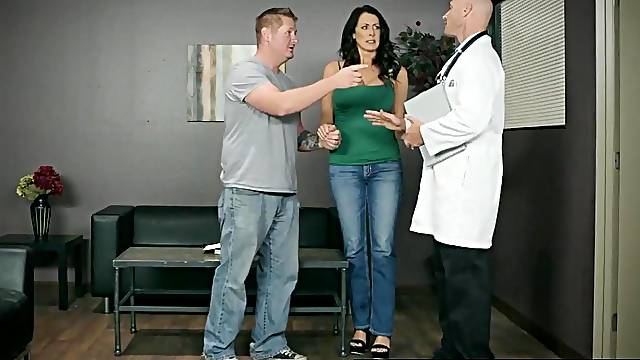 Sexy MILF in the doctor's office enjoying