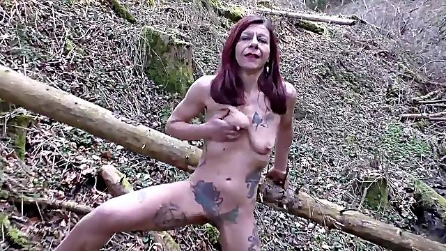 Dirty Schlampe Petrafuck in wood 2016