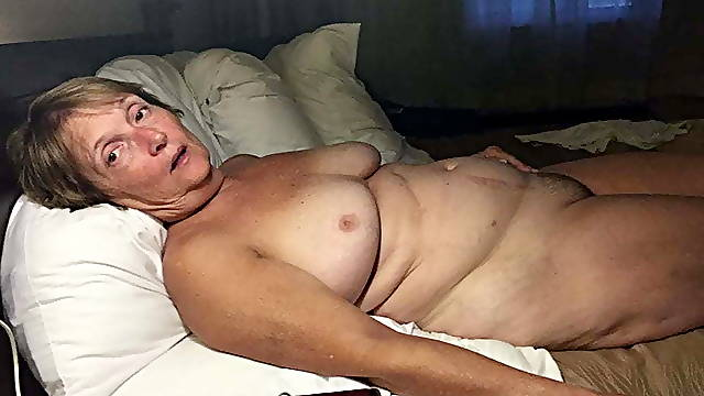 Mature sucking cock in hotel