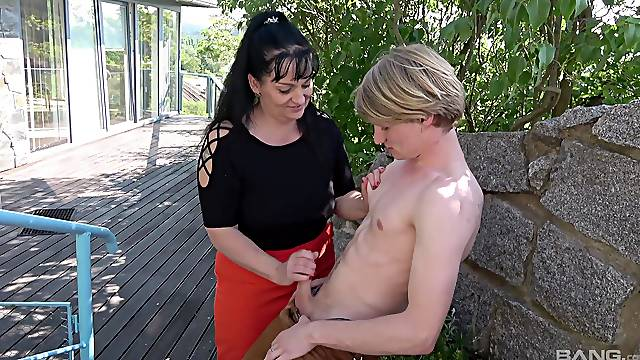 Outdoors old vs young sex with busty brunette granny Ivana