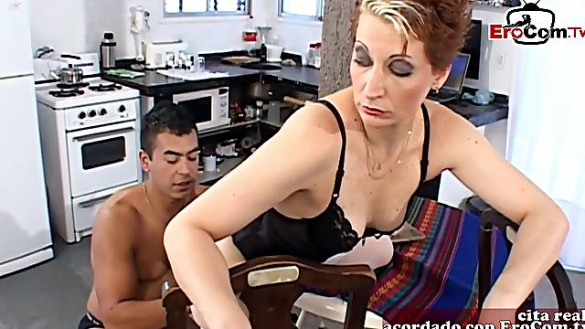 Spanish femdom wife want anal from her slave