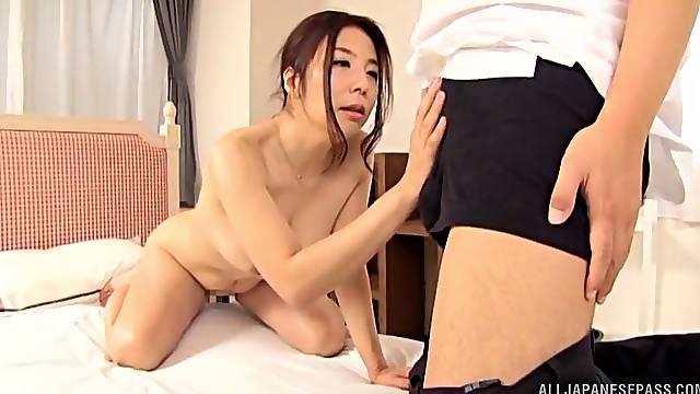 Hardcore fucking on the leather sofa with amateur Ichijou Kimika