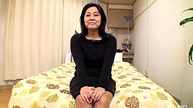 Horny Japanese wife Mako Anzai enjoys getting fucked from behind