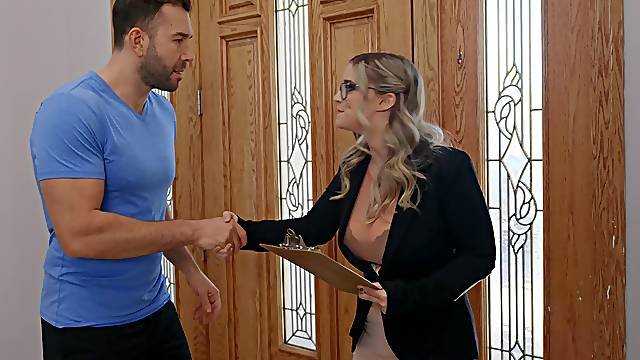 Closeup video of chubby Codi Vore giving head and getting fucked
