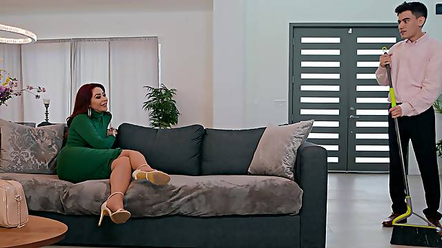 MILF gets the right inches in her fat ass and pussy