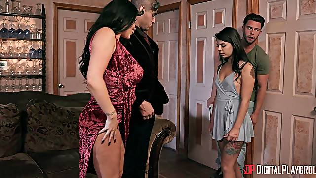 Naked sluts swap their lovers in a dirty foursome