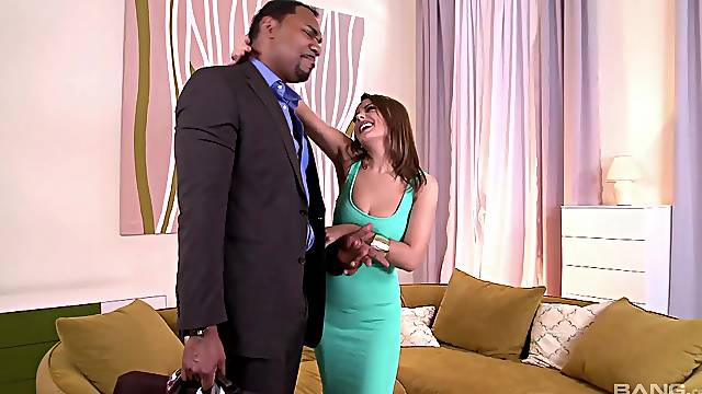 Energized amateur gets blacked in insane home XXX scenes